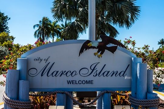 vacation rentals in marco island