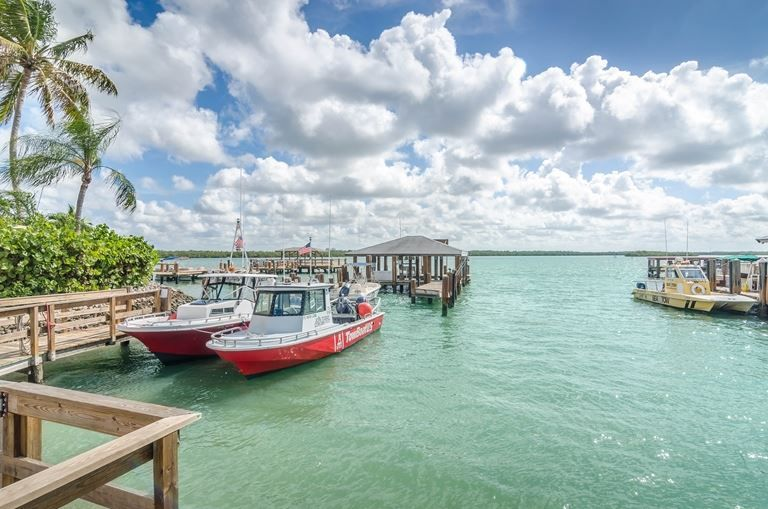 Boat rental in Marco Island